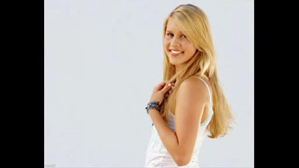 SwEeTy EmMa-ClAiRe HoLt `