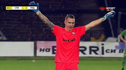 Тони Тасев даде преднина на Славия с невероятен гол