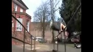 The best of Freerunning Parkour Tricking New 2009