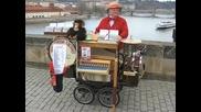 Латерна на Карловия мост в Прага