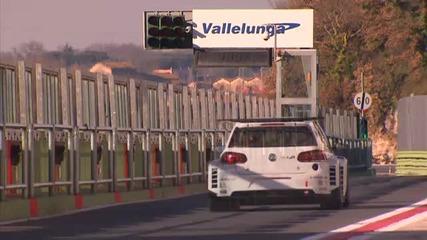 Супер бегачка Volkswagen Golf 6 Gti 2011