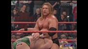 Wwe Raw Трите Хикса пребива Вал Винъс(2005)