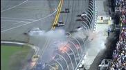 Ужасна катастрофа по време на Nascar Sprint Cup race