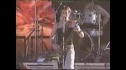 Kittie - Spit (live Ozzfest 2000)