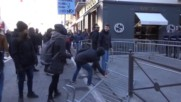 Italy: Anti-gov. protesters clash with police in Brescia as referendum looms