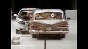 Crash test 1959 Chevy Bel Air