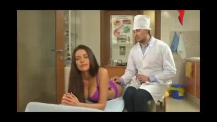 Красиво момиче отива на доктор да й сложи инжекция…вижте обаче какво се случи (видео)