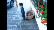 Как да накараш детето ти да ходите пеша