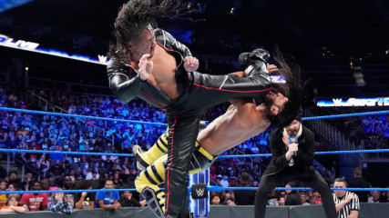 Shinsuke Nakamura ambushes Ali before match: SmackDown LIVE, Sept. 17, 2019