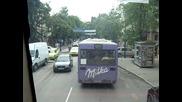 Gledkata ot 2 - ria etaj na gr. avtobus 2 v gr. Varna , patuvane pokrai obshtinata i h - l. 4erno mo