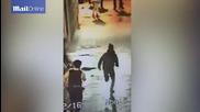 Минувач помогна на полицията да задържи наркопласьор и то без да си извади ръцете от джобовете