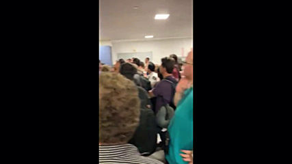 USA: Mobile footage shows stranded Thomas Cook passengers at New York's JFK airport