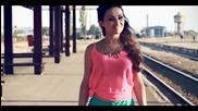 Албанско 2©13™• Motrat Duhani ft. Jetoni Vogel - Si bombon ( Official Video 2013 )