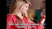 olivia holt :)