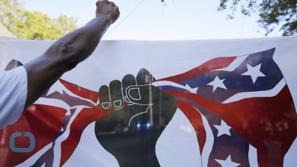 Activists Urge South Carolina Capitol To Take Down Rebel Flag After Massacre