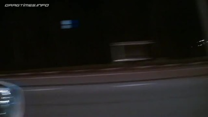 Bugatti Veyron vs Nissan Gt - R