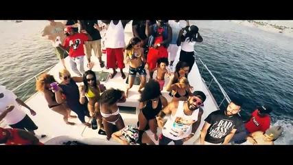 Zoey Dollaz Feat. Jim Jones - Pool Party