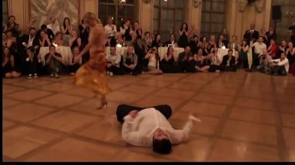 Танцът е състояние на духа! Сякаш не стъпва на земята... Изключителен...