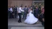 Един от най-добрите сватбени танци за всички времена