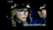 Taylor Swift - You belong with me (official music video)(високо Качество)(с бг превод)