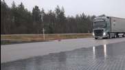 Защо камионите на Volvo са Най-добрите в Света! Тази спирачна система трябва да стане Задължителна!