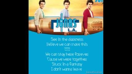 Превод!!! Jonas Brothers - Invisible Джонас Брадърс - Невидима