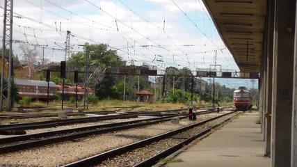 45 178 с пътничевският влак от Септемри