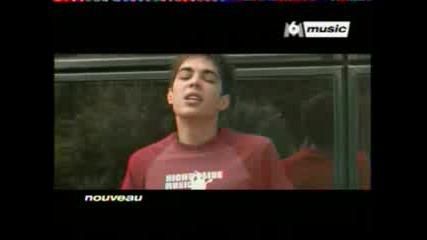 (je Suis En Vie) 2005