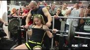 13 Годишно момиче вдига 110 килограма