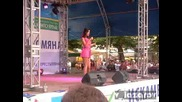 Аксиния като водеща и първо изпълнение на предизборен концерт в Хасково на 17.06.09