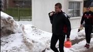ЦСКА гази снега в Драгалевци, тренира на закрито