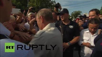 Русия: Путин поздрави свои поддръжници в Ялта