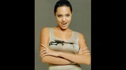 Angelina Jolie Като Lara Croft