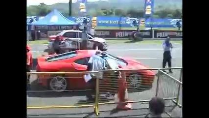 Mitsubishi Evo наказва Ferrari