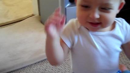 Бебе което не иска нищо освен 1 милион долара