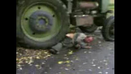 Piqn Traktoris Pada Ot Traktor