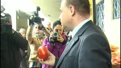 Мирослав Найденов и Заразените Домати