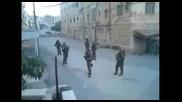 Israeli soldiers - Танцуват на Kesha по време на смяна