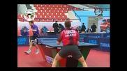 Страхотно триково отиграване на тенис на маса