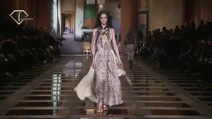 fashiontv Ftv.com - Liu Wen + Mariacarla Boscono + Mathilde Frachon - Models