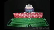 Хъмпти Дъмпти направен от домино