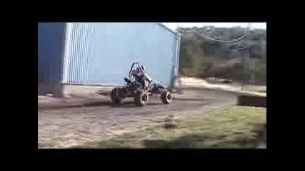 Dirt Devil - Monster Buggy