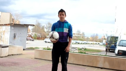 Freestyle Football Урок за начинаещи (crossover , Tatw)