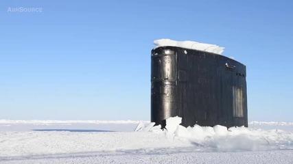 Американска атомна подводница «лос-анджелес» Uss Hartford (ssn-768) пробива леда