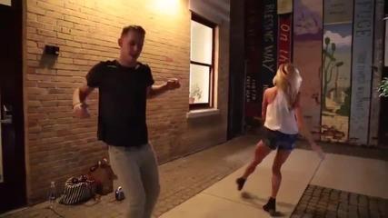 Благотворителна кауза с танци - Да накараш хората да танцуват на улицата
