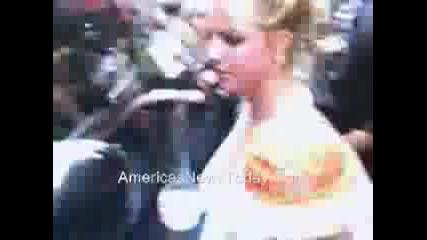 Britney Spears за малко да изпусне детенцето си