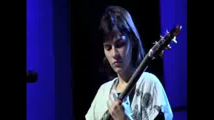 Kaki King rocks out to Pink Noise 2008