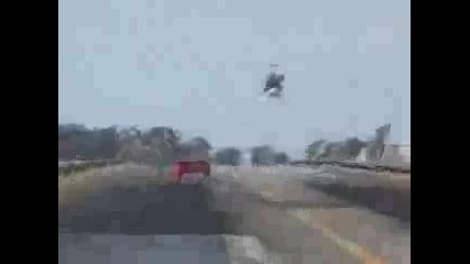 Ferrari F40 Vs. Хеликоптер