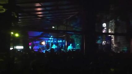 Ivana Selakov - Brad pitt - (Live) - (Club Museum)