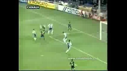 Ronaldinho - Just Skills